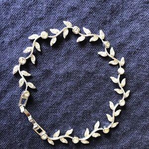 Nadri silver tone leaf diamond  bracelet